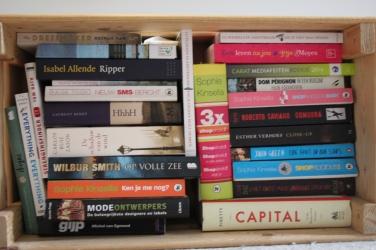 Dutch Gigil boeken kist voorkant