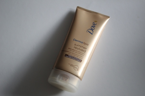 Try out tuesday Dove Summer Revived review 3