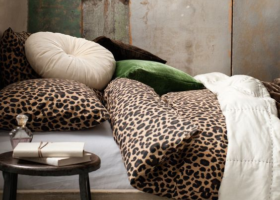 Animal print in huis